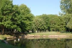 parc Charles  Fenain.jpg