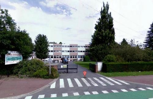 Lycée Wagnonville.jpg